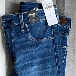 Brand new Abercrombie High Rise Jean Legging